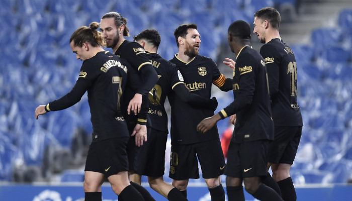 Барселона уничтожила Реал Сосьедад благодаря дублям Месси и Деста