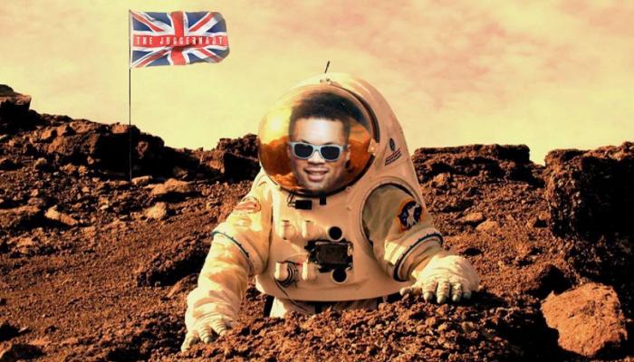«Я готов, Усик». Джойс ответил украинцу, поделившись своим коллажем на Марсе