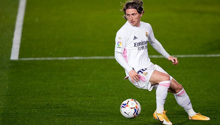 Модрич близок к продлению контракта с Реалом с уменьшением зарплаты