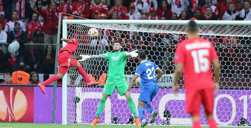 Бакка забивал Днепру, Эмери вылетал от Динамо с дублем Кравца. Пересечения Вильярреала с Украиной