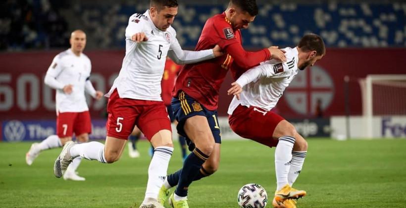 Испания в компенсированное время вырвала победу у Грузии в отборочном матче на ЧМ-2022