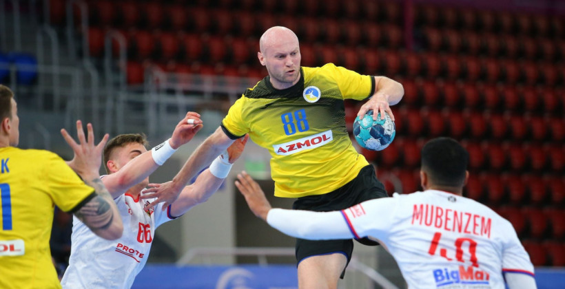 Сборная Украины по гандболу уступила Чехии в заключительном матче отбора на Евро-2022, но квалифицировалась в финальную часть