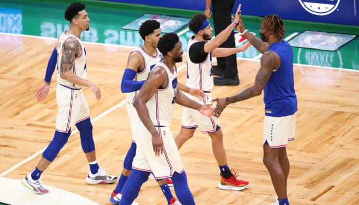 НБА: Филадельфия победила Бостон, успех Лейкерс, Клипперс и Голден Стэйт