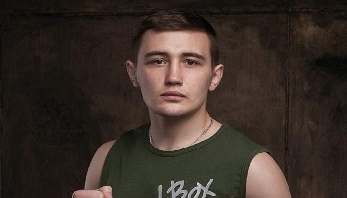 Українець Веліковський переміг чеха Хунаняна на вечорі боксу в Німеччині