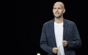 Кроенке отказались продать Арсенал основателю Spotify Эку