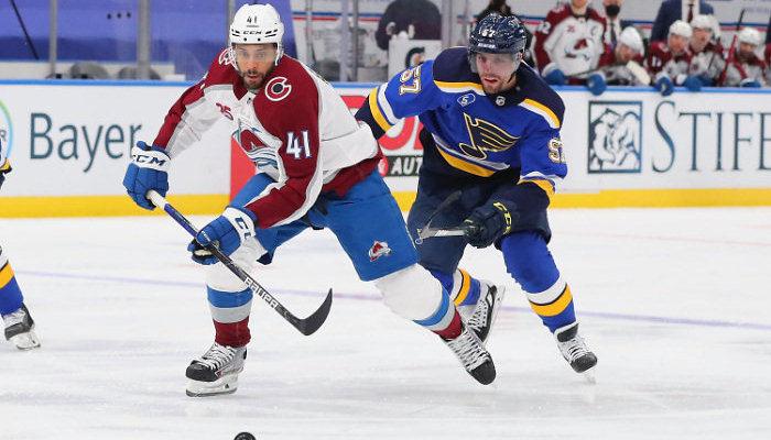 НХЛ. Колорадо вышел в плей-офф, Торонто прервал неудачную серию