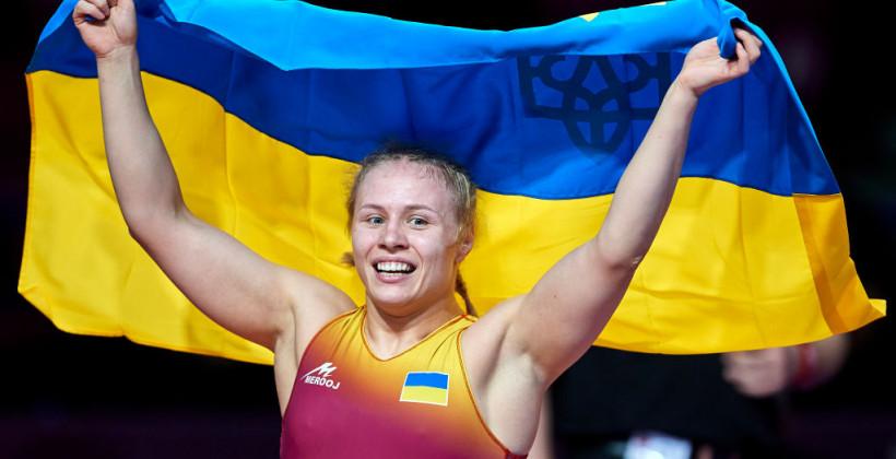 Белинская и Коляденко выиграли чемпионат Европы по борьбе