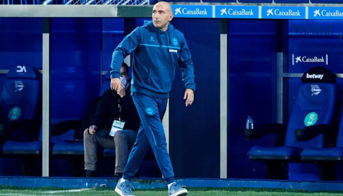 Абелардо покинул пост главного тренера Алавеса
