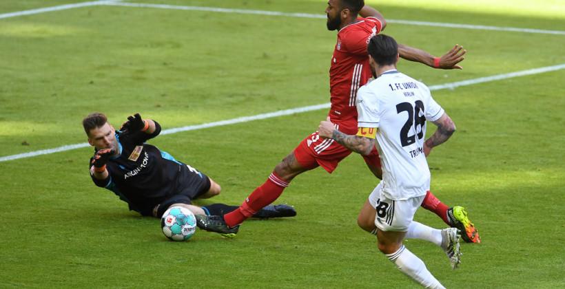 Бавария дома неожиданно сыграла вничью с Унионом