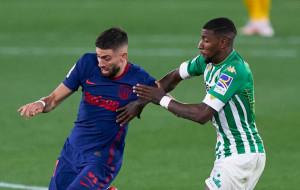 Атлетико сыграл вничью с Бетисом. Матрасники опережают Реал на одно очко
