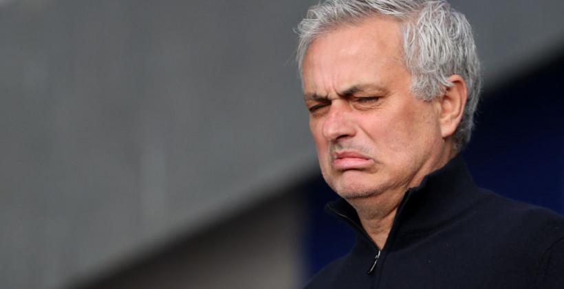 Тоттенхэм ожидаемо уволил Моуриньо. Португальцу пора отдохнуть от футбола