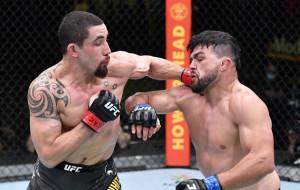 Уиттакер победил Гастелума в главном бою UFC on ESPN