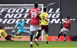 Дубль Гринвуда помог Манчестер Юнайтед обыграть Бернли