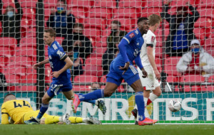 Лестер минимально победил Саутгемптон и вышел в финал Кубка Англии