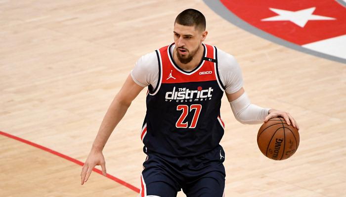 Лэнь набрал пять очков за Вашингтон в матче с Бостоном в плей-ин НБА