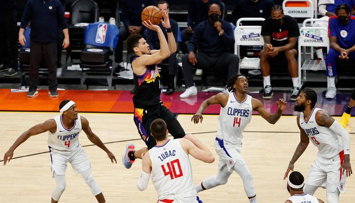 НБА. Фінікс і Філадельфія вийшли в плей-офф, перемоги Денвера і Нью-Йорка
