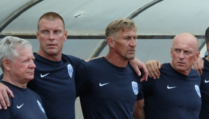Тренер Десни Овчаров дискваліфікований на п'ять матчів за прояв расизму в грі з Зорею