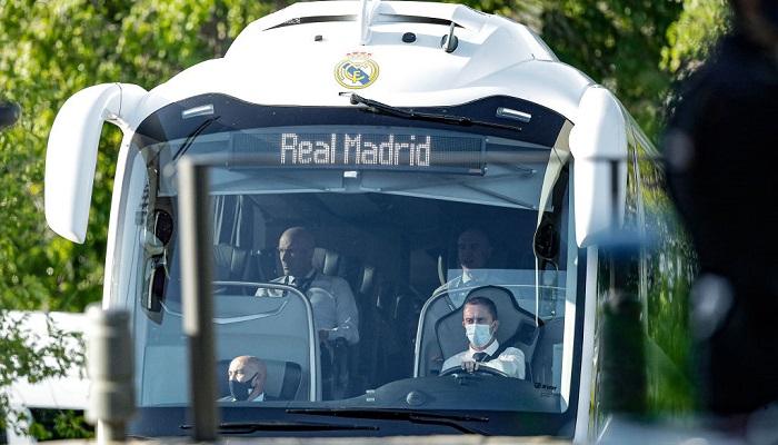 Клубный автобус Реала атаковали перед матчем против Ливерпуля