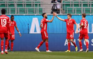 Бавария в результативном матче переиграла Вольфсбург