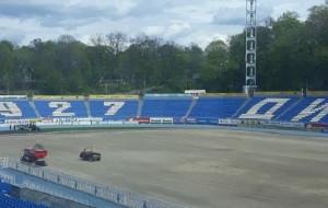 На клубному стадіоні Динамо завершили демонтаж старого газону