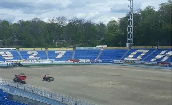 На клубном стадионе Динамо завершили демонтаж старого газона