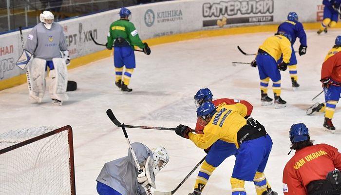 Збірна України з хокею провела товариський матч з командою U-20