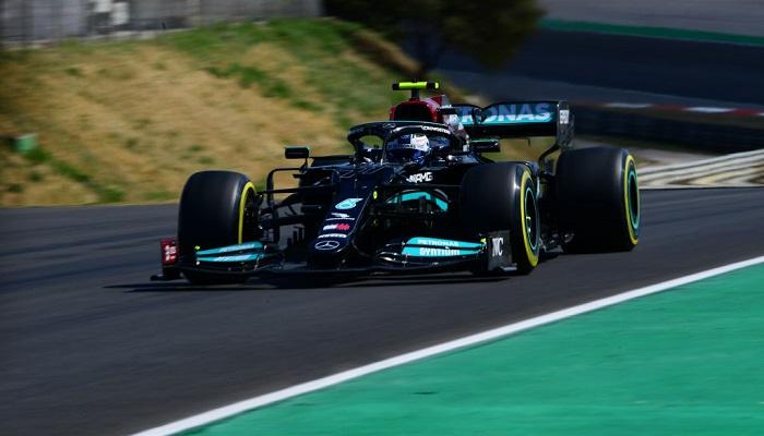 Мерседес зрівнявся з Вільямс за кількістю поулів в історії Формули 1