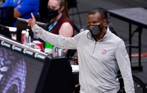 Детройт продлит контракт с тренером Кейси до 2024 года