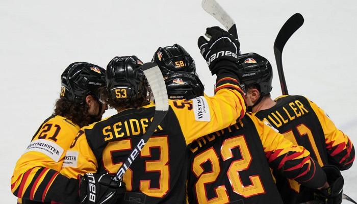 ЧС з хокею: Казахстан обіграв Латвію, перемоги Швейцарії та Фінляндії