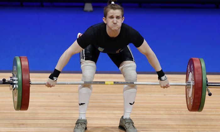 Українка Конотоп зі світовим рекордом виграла ЧС з важкої атлетики серед юніорів