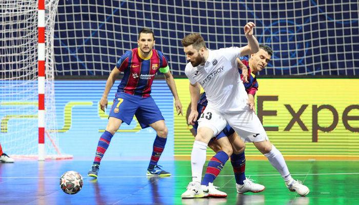 Барселона и Спортинг вышли в финал футзальной Лиги чемпионов