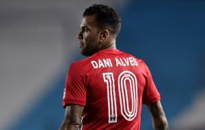 Дані Алвес викликаний в збірну Бразилії вперше за два роки