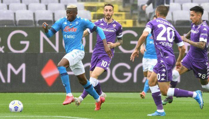 Наполи победил Фиорентину и поднялся на третье место в Серии A