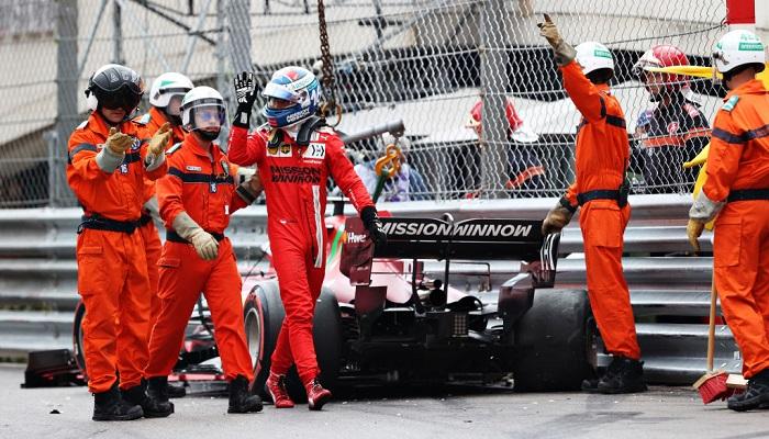 Леклер виграв поул на Гран-прі Монако, але розбив машину