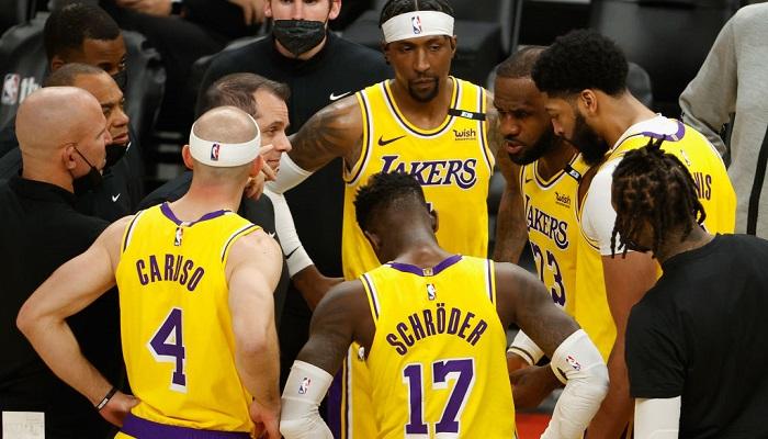 НБА: Лейкерс повели в серії з Фініксом, перемоги Денвера і Мілуокі