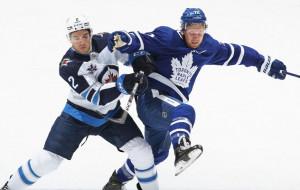 НХЛ. Вінніпег здобув вольову перемогу над Торонто