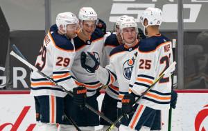 Эдмонтон Ойлерз вышли в плей-офф НХЛ