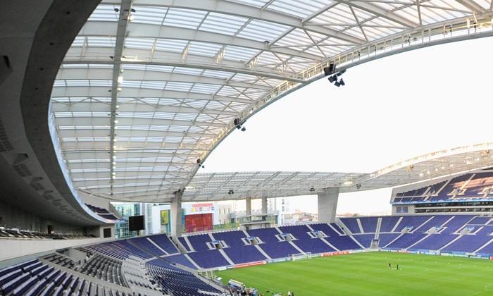 Фінал Ліги чемпіонів перенесуть в Порту