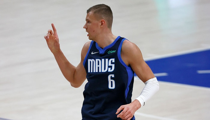 НБА оштрафовала Порзингиса на 50 тысяч долларов за поход в клуб