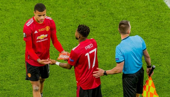 Манчестер Юнайтед - Лидс где смотреть в прямом эфире трансляцию чемпионата Англии