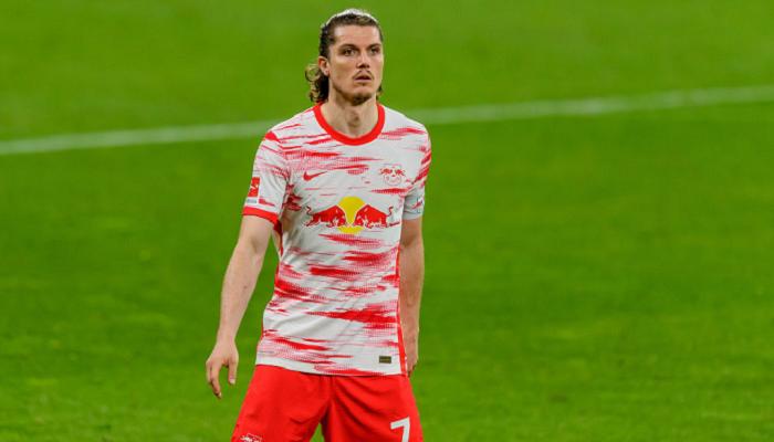 Бавария подпишет Забитцера за 15 млн евро