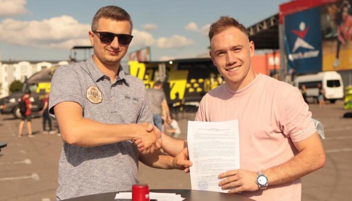 Верес підписав екс-півзахисника Карпат Кльоца