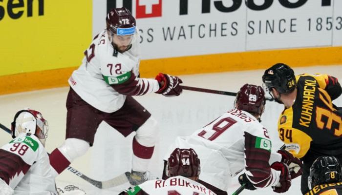 ЧМ по хоккею: Россия разбила Беларусь, победа Германии позволила Канаде выйти в плей-офф