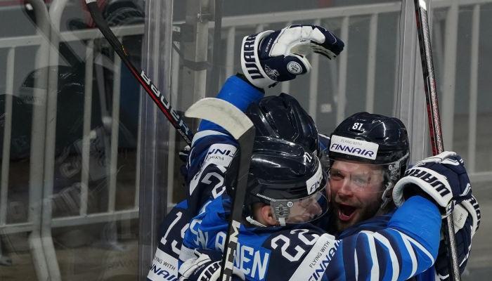 Финляндия сыграет против Канады в финале ЧМ по хоккею