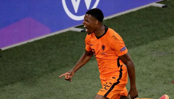 Думфрис признан игроком матча Нидерланды — Австрия