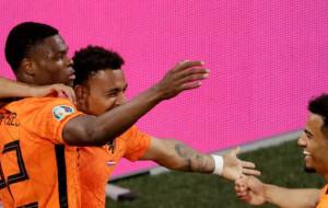 Нідерланди перемогли Австрію та забезпечили собі перше місце в групі