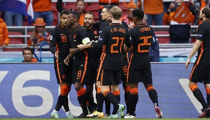 Нидерланды разгромили Северную Македонию