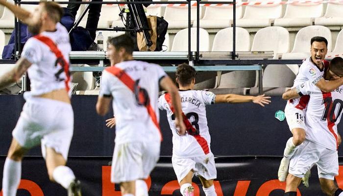 Райо Вальекано разгромил Леганес в первом матче плей-офф за выход в Примеру