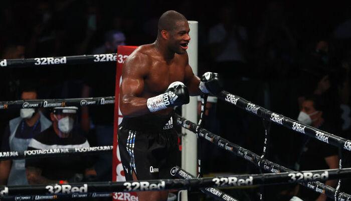 Дюбуа нокаутував Діну в другому раунді і завоював титул тимчасового чемпіона WBA