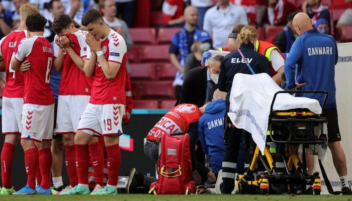 Эриксен потерял сознание во время матча с Финляндией. Врачи делали ему массаж сердца